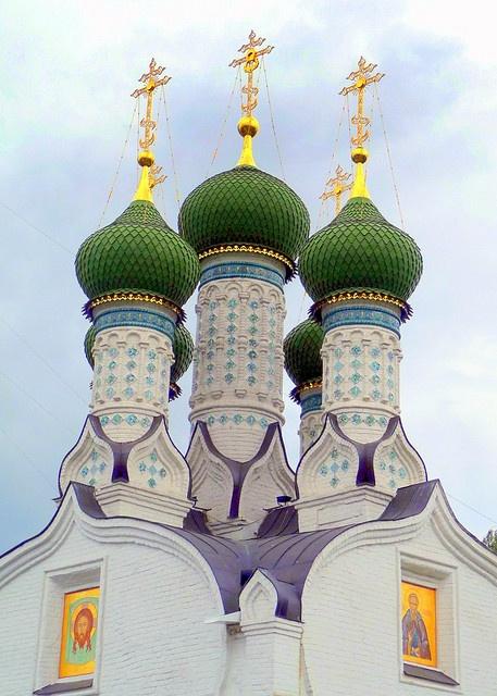 Assumption Church on St Elijah's Hill, Nizhniy Novgorod, Russia ---
