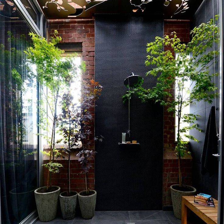 A closer look at @alisalysandra outdoor bathroom from Fan vs Faves on The Block. Victoria may not be considered the right state to have an outdoor shower but maybe you'd risk the chill to get into such a lush space!