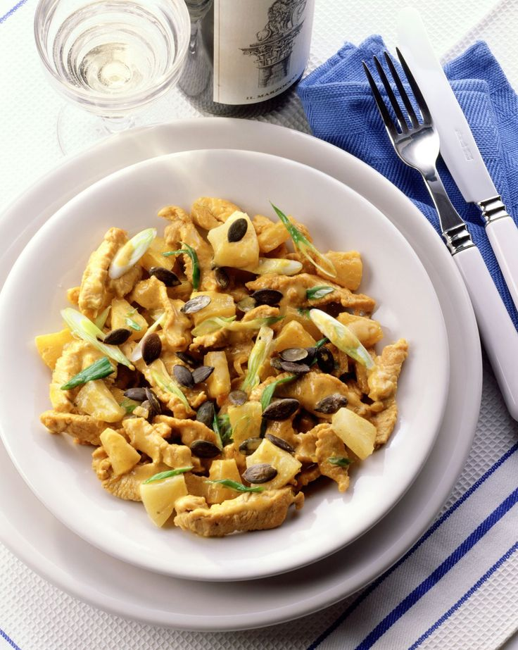 Curry-Geschnetzeltes mit Ananas - smarter - Kalorien: 244 Kcal - Zeit: 30 Min. | eatsmarter.de