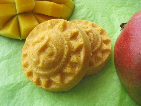 Shampooing solide apaisant & nourrissant à la Mangue -Mango Solid shampoo soothing & nourishing