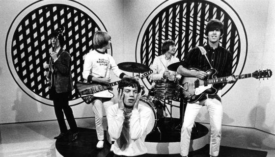 A banda britânica The Rolling Stones se apresenta no programa 'Thank Your Lucky Stars', do Reino Unido, em 1965.http://brasil.elpais.com/brasil/2016/02/19/cultura/1455918370_849587.html?id_externo_rsoc=FB_CM