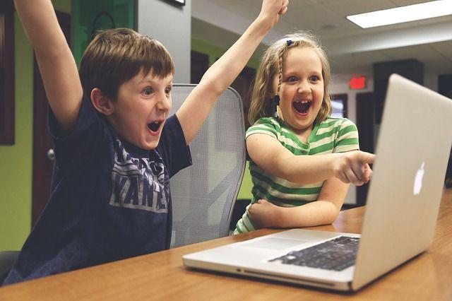 WOW! Inglés,el sitioweb ideal para niños de todas las edades, es un sistema de aprendizaje online o a domicilio, donde tendrán la posibilidad de tener clases didácticas, dinámicas, individuales y personalizadas. WOW! Inglésofrece clases100% CONVERSACIONALESque les permitirá de modo fácil, rápido y divertido ganar confianza, amory disciplina para garantizar el éxito en el proceso de … www.wowingles.com.co