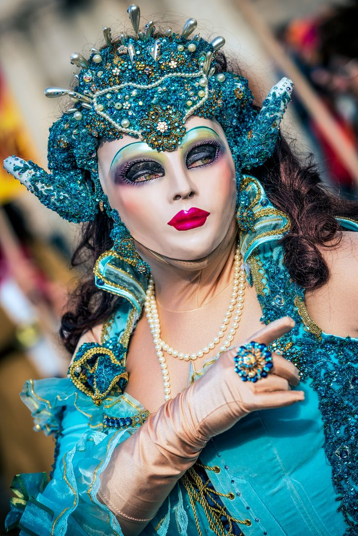 Amazing Turquoise costume at Carnical of Venice Flickr - Photo Sharing!