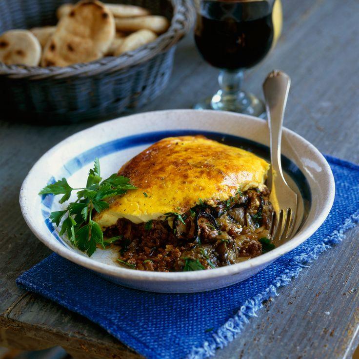 Découvrez la recette moussaka facile (gratin aubergine et agneau) sur cuisineactuelle.fr.