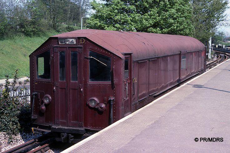 Sleet Locomotive ESL 166 at Rickmansworth (Peter Robins)