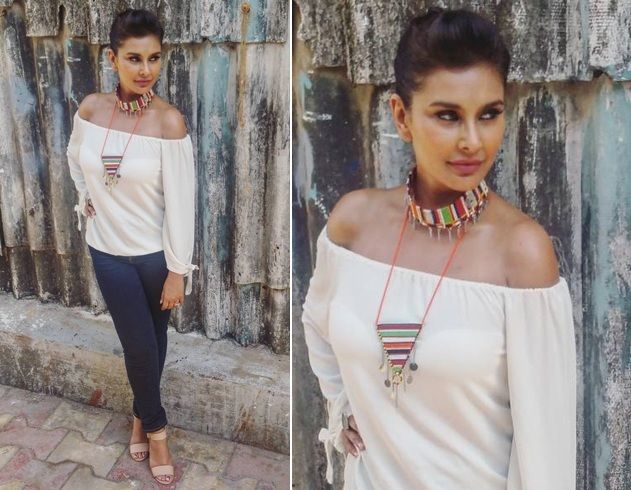 Lisa Ray Outfit