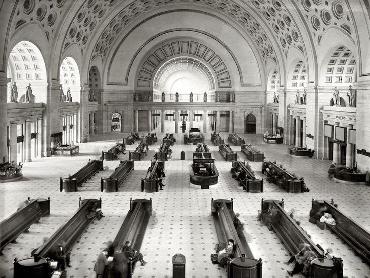 Washington, 1921 or 1922. Union Station waiting room. (Still love DC)