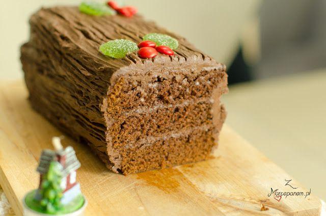 Z Marcepanem: Świąteczny przekładaniec z czekoladowym kremem