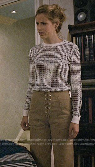Stevie's white patterned sweater and lace-up pants on Madam Secretary.  Outfit Details: https://wornontv.net/83881/ #MadamSecretary