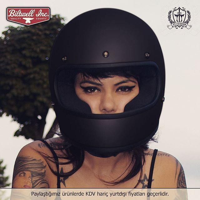 """Biltwell Gringo full-face Kasklar TT Custom Showroomlarda!  Mat Siyah Gringo Kask 159 € Online Shop: ttcustomshop.net (0216) 541 91 90 - (0242) 349 28 30  Full-Face Biltwell Gringo Helmets available in our TT Custom Showrooms!  #helmet #kask #safe #live #life #lifestyle #instabike #instamoto #bike #biltwell #bikelife #gringo #good #bikestagram #feel #fashion #freeway #cc #cool #cycle #custom #motorcycle #motorbike #style #street #accessories #equipment"