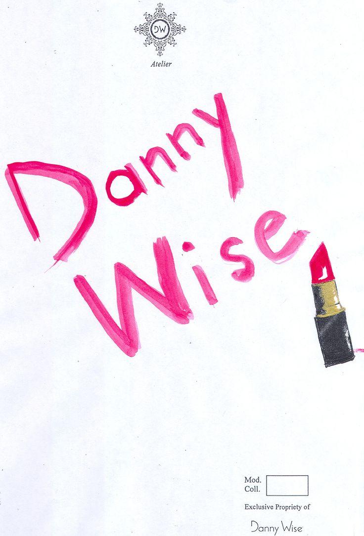 DANNY WISE: Stilista creativo e raffinato, ideatore di manufatti di culto per chi li veste, disegnati per essere internazionali con uno chic che non ha confini.