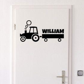 Traktor med navn (velg navnet selv) wallsticker