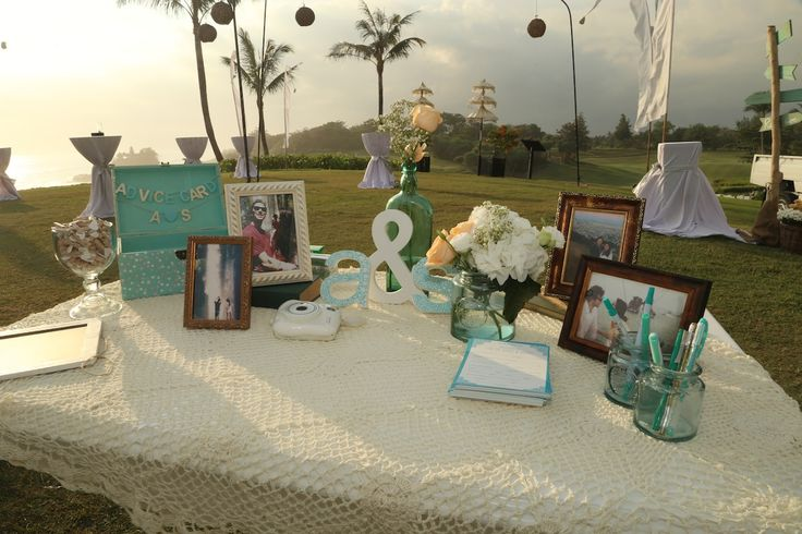 Guest Registration Table,Mint Green detail,Crochet overlay,Green jars. www.nouadecor.com