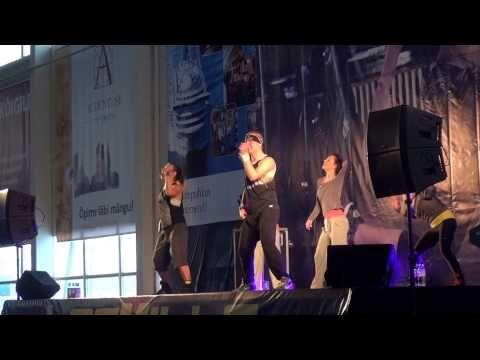 Les Mills BodyJam 63 (6) - Les Mills Fitness Explosion 2012 - Review Mix - YouTube