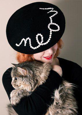 meow beret -- cute!!!