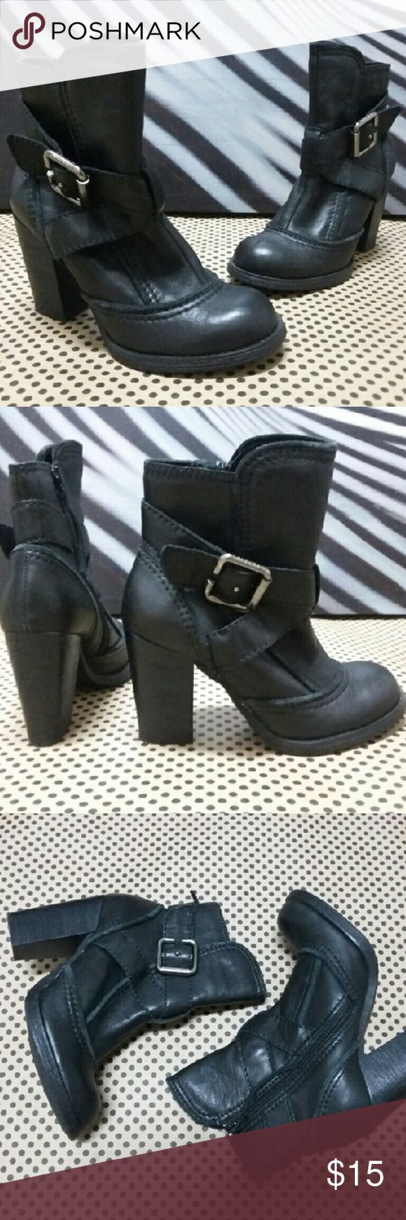 Report...leather boots booties sz 6 Report...leather boots booties sz 6...Very Nice LEATHER Ankle boots...Excellent Used condition Report Shoes Ankle Boots & Booties