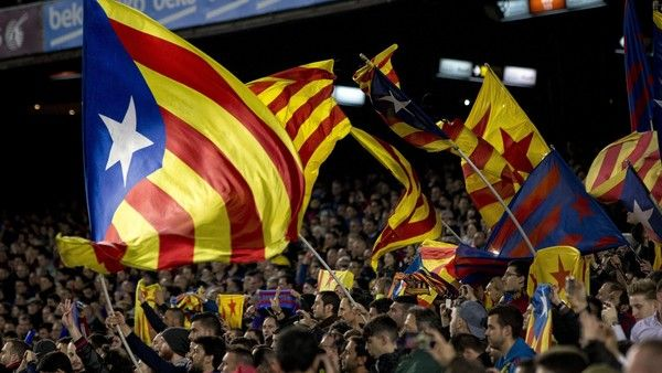 Spain's official ban on displaying the Catalan independence flag during Sunday's football cup final was lifted by judicial order on Friday, adding a last-minute twist to a tale of political controversy that has raged for days. The ruling means the
