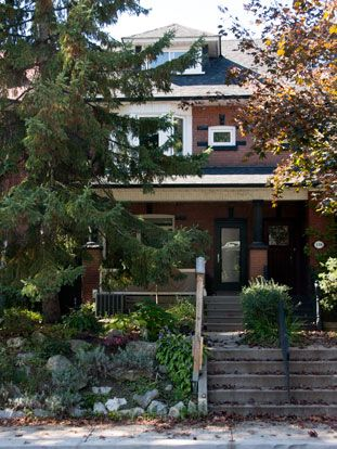 Roncesvalles Accessible House - Exterior front, unchanged throughout the renovation process.