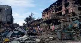 © Provided by GMA News Online RN Marawi 9 Sixty people allegedly attempting to enter war-torn Marawi City have been arrested by government security forces in Zamboanga Del Sur and Zamboanga City, a regional military spokesperson said Friday. In a statement, Captain Jo-ann Petinglay, Armed...