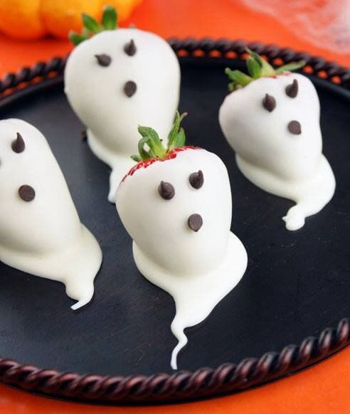 The creepiest, most creative foods for your Halloween-inspired classroom party, family shin-dig, or friendly get-together!