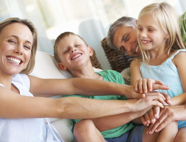 Der Ständerat hat kürzlich einer Gesetzesvorlage zustimmt, die Familien mit Kindern sowie junge Erwachsene entlasten soll, indem die Prämien reduziert werden.  Gelange hier zum Artikel: http://www.krankenkasse-wechsel.ch/krankenkassen-praemien-fuer-kinder-jugendliche-bald-gesenkt/