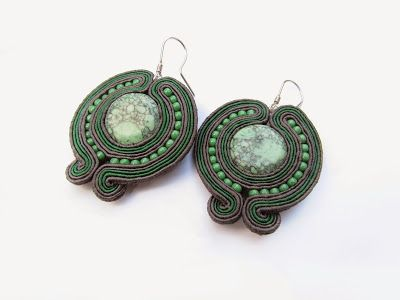 Hypnotic green planets | Jotemka Soutache
