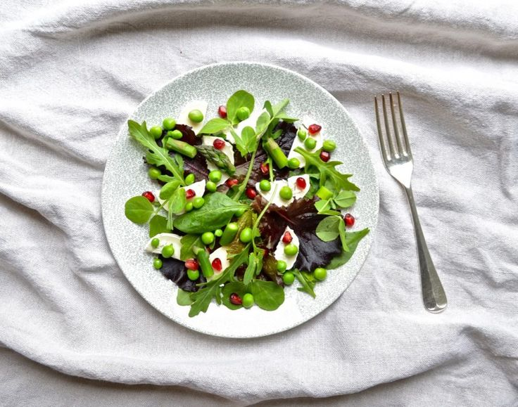 Pea & Pomegranate Salad with Goat's Cheese