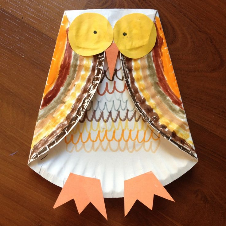 Paper Plate Owl Children's Fall Craft. Great for our Fall theme! Repinned by Pre-K Complete. Visit us at www.PreKComplete.com, FB, Twitter and Google Plus.
