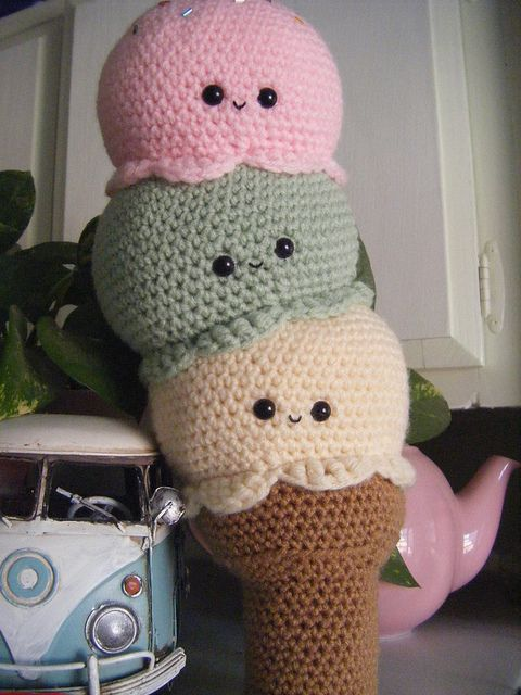 crochet icecream! YUMMIEEEE