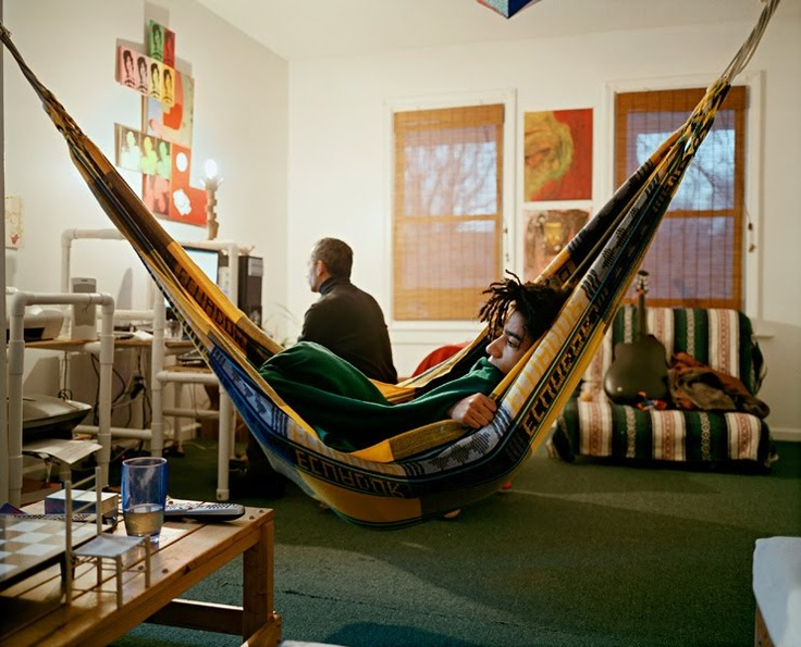 29 best images about hammock living on pinterest for Living room hammock