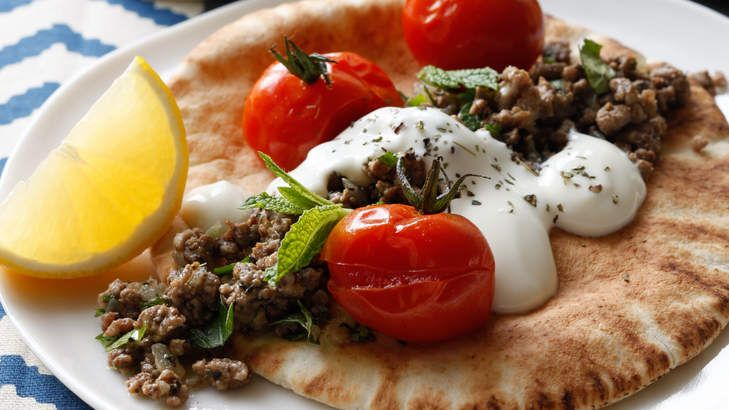 Spicy lamb mince with mint yoghurt.