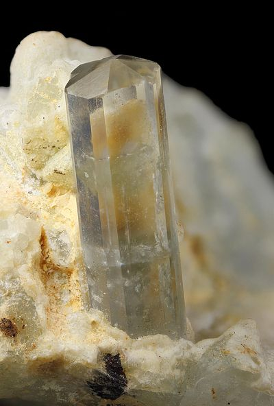 Phenakite, Be2SiO4,  Phenakite Mine, Khetchel village, Molo quarter, Momeik Township, Kyaukme District, Shan State, Myanmar. Crystal size: 12 mm. Copyright: © mslama