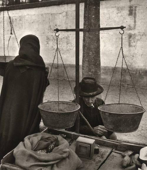 Jean Dieuzaide Portugal, Évora, le marché, 1954