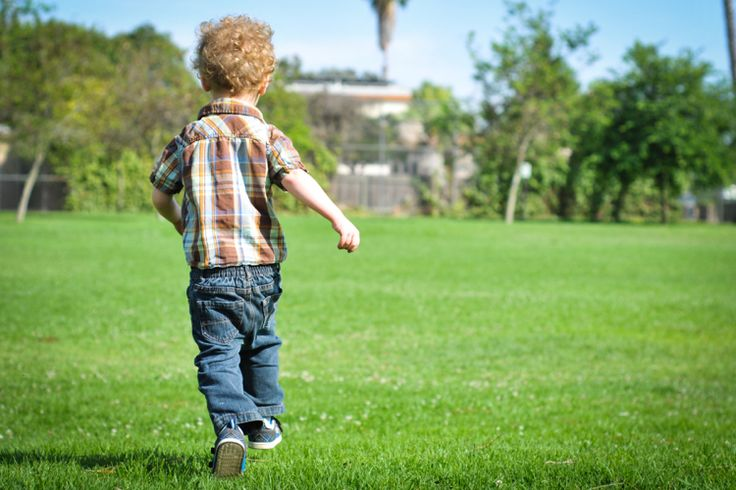 tolle Outdoor Bewegungsspiele für kleine und erwachsene Kinder