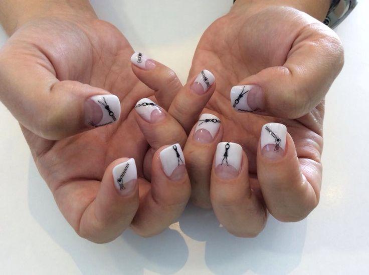 Zippers!! #acryllic nails