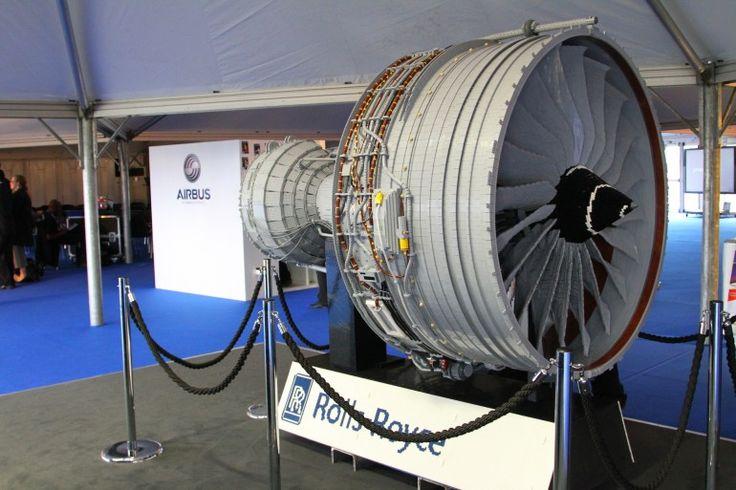 Rolls-Royce unveils 150,000-part LEGO jet engine
