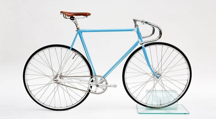 H-001 by Heritage-Paris Photo: C-reel.com #bicycle #velo #heritageparis #bespoke #photography #fixedgear #fixie #pignonfixe #luxe #luxury #creel #madeinfrance #handmade #handcrafted