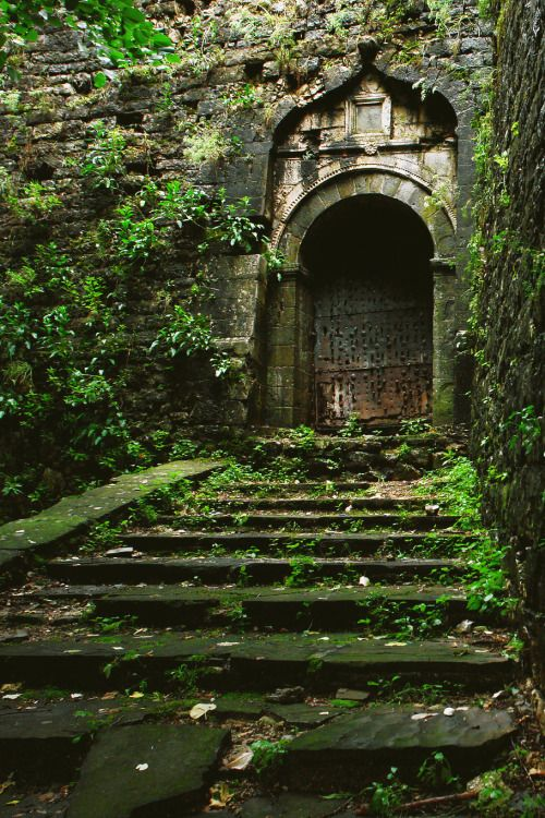 273 best Время и место images on Pinterest   Abandoned places ...
