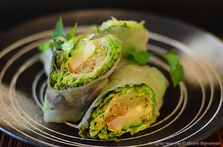 Vegetarian Spring Rolls with peanut sauce | Peanut (Butter) Lovers ...