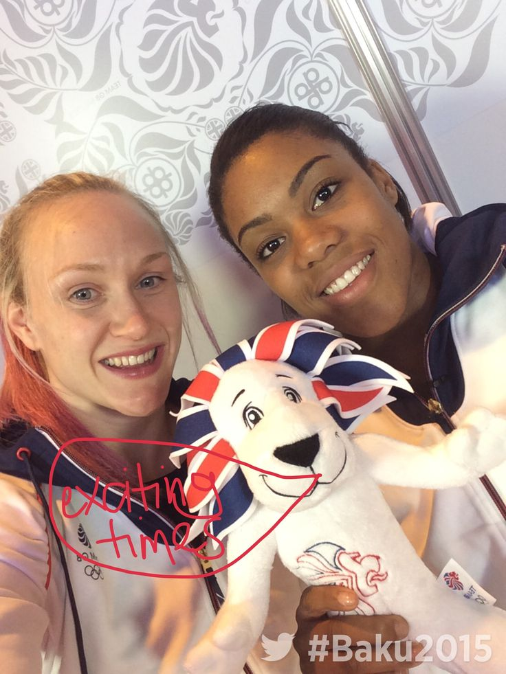 Team GB judo athletes on the sofa at Kitting Out, with the Twitter Mirror