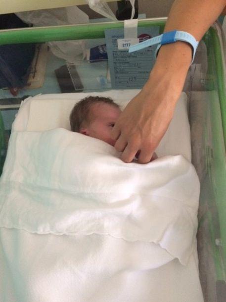 parto naturale contro parto cesareo http://www.blogfamily.it/22602_parto-naturale-parto-cesareo/