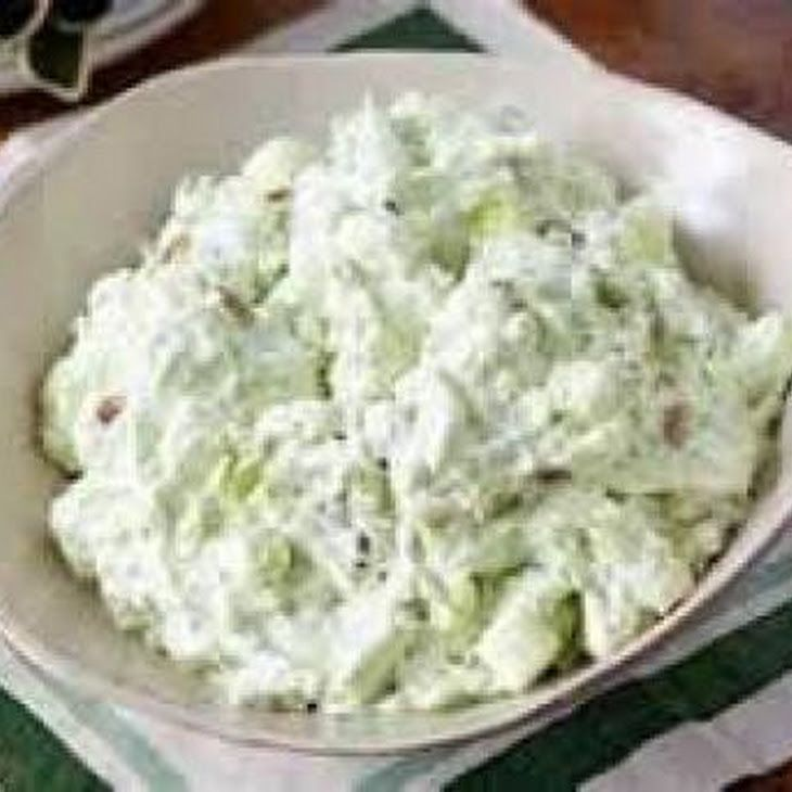 Weight Watchers Recipes – Watergate Salad Recipe Desserts, Salads with instant pudding & pie filling, crushed pineapples in juice, low-fat vanilla yogurt, cool whip