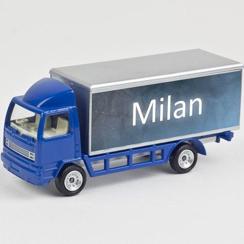 Kado tip: leuke, persoonlijke stoere blauwe mini truck met naam of tekst type Milan.