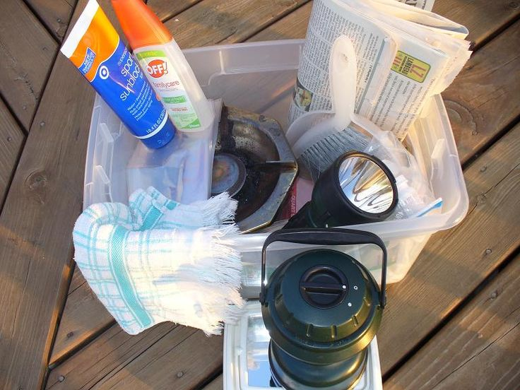 What to pack in you permanent camping bins. You'll be ready to hit the great outdoors anytime!