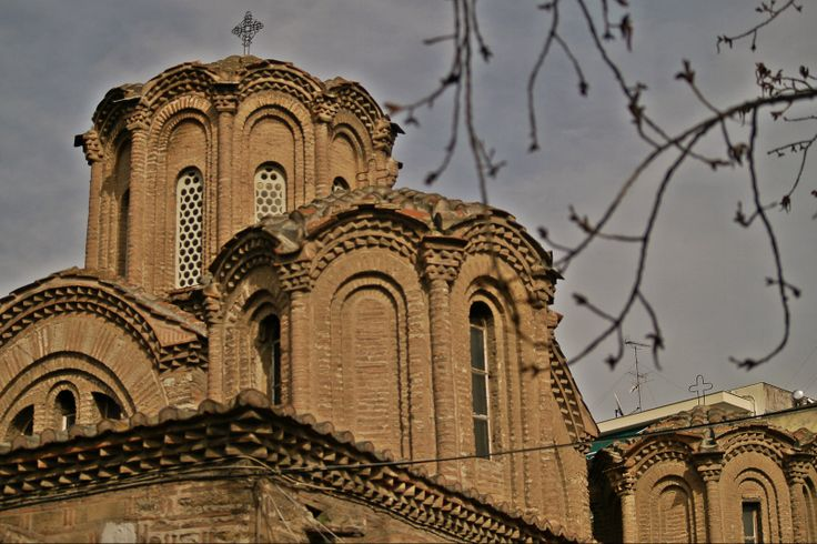 The many domes of Agioi Apostoloi Byzantine church. (Walking Thessaloniki - Route 07, Western Wall)
