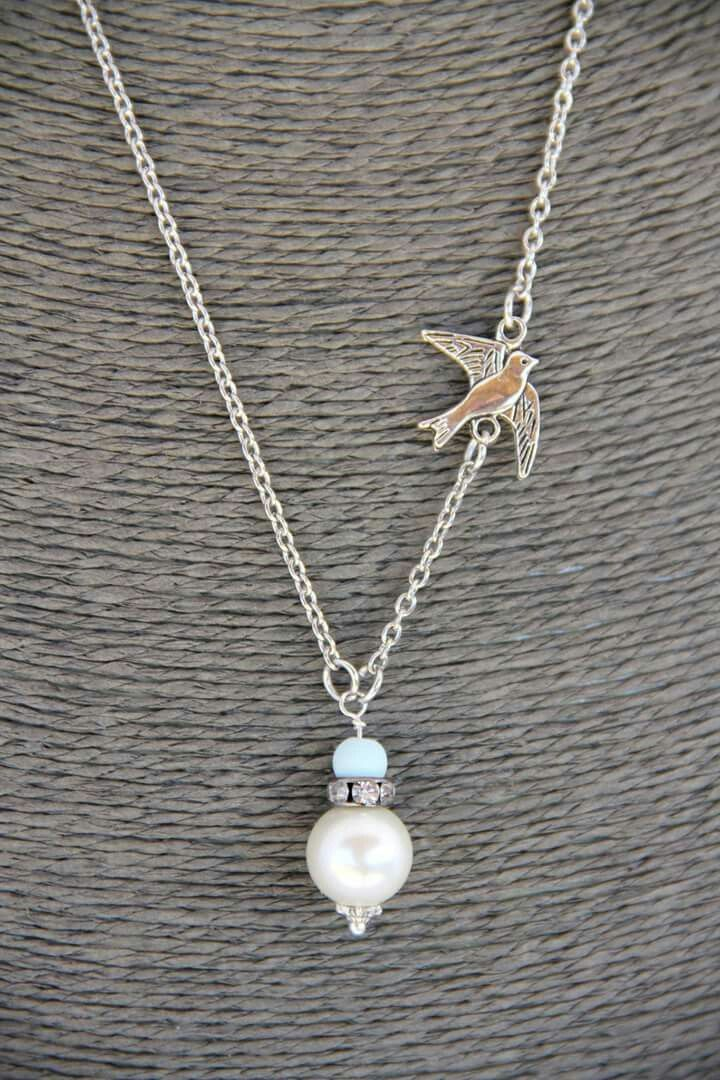 Bridesmaid necklace - mint green and pearl  - vintage.  Original design by Heart Jewelry Creations