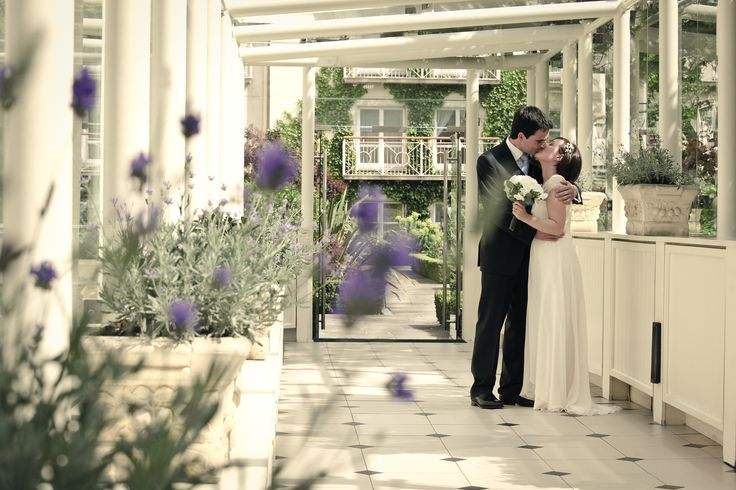 The Kiss by the garden. @themerrionhotel. Photography by pkstudio3