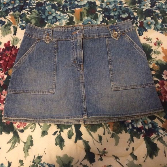 NEW LISTING  Calvin Klein Jeans Mini Skirt Gently preloved, has some minor staining on the back (as shown in last picture) but otherwise still has a lot of life left in it. ⛔️ NO TRADES, NO PAYPAL, NO MERCARI, NO HOLDS ⛔️ smoke free, pet free home  let me know if you have other questions  PLEASE MAKE OFFERS THROUGH THE OFFER BUTTON. IF I AM OKAY WITH YOUR OFFER I WILL LOWER TO THAT PRICE OR CREATE A NEW LISTING PRICED MUCH HIGHER FOR YOU TO HELP YOU SAVE ON SHIPPING  Calvin Klein Skirts Mini