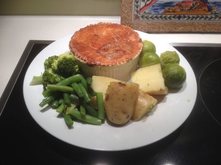 """Beef and Guinness Pie.  I used Tuatara """"London Stout"""" rather than guinness, and substituted a can of lentils for 500g of steak, and added mushrooms because I like mushrooms.   Next time I'll try adding some chopped winter vegetables like parsnips and carrots."""
