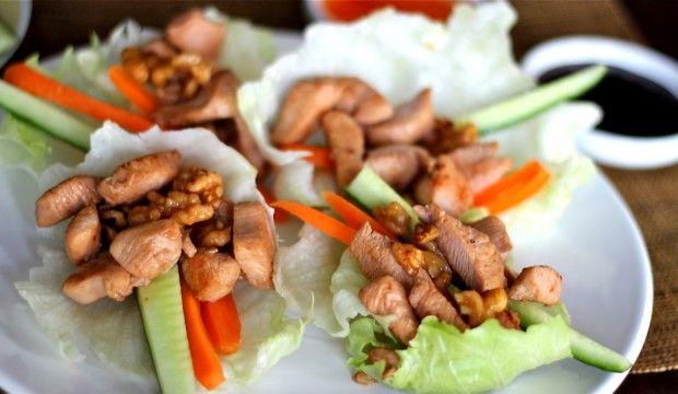 Slawrap met kip en walnoten